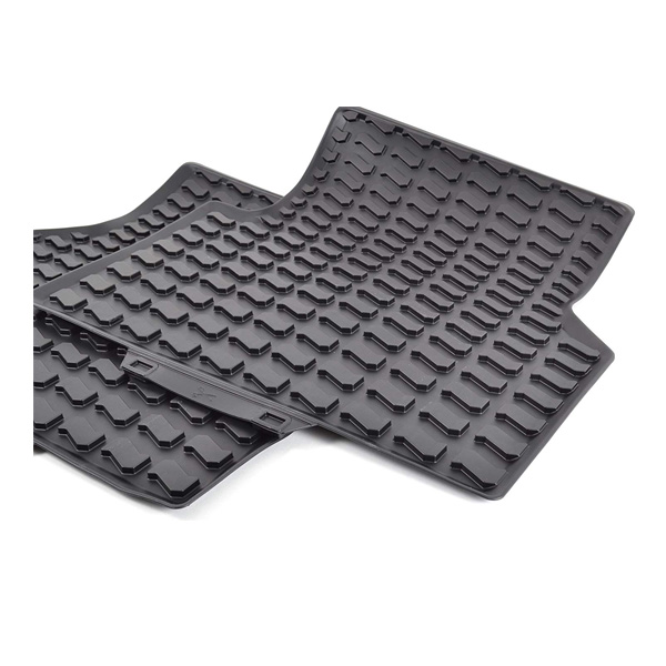 Комплект задних ковриков