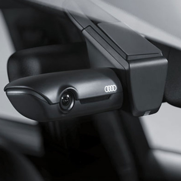 Видеорегистратор Audi